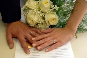 Eloping in Port Douglas - Anne Spragg Marriage Celebrant