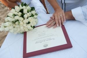 Eloping in Port Douglas - Anne Spragg Marriage Celebrant - Port Douglas Elopement